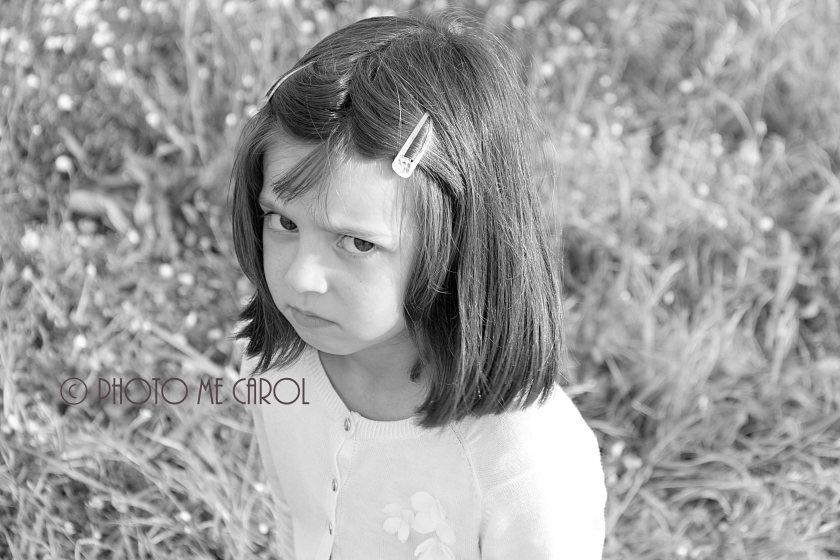 Emilie enfadada